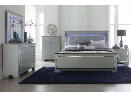 Modern Glamour Style Bedroom Set with LED Light