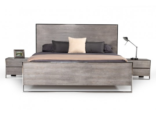 Modern Sharelle Grey Finish & Stainless Steel Bed